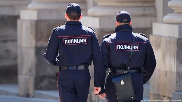 Пытавший женщину экс-полицейский из Бурятии предстанет перед судом