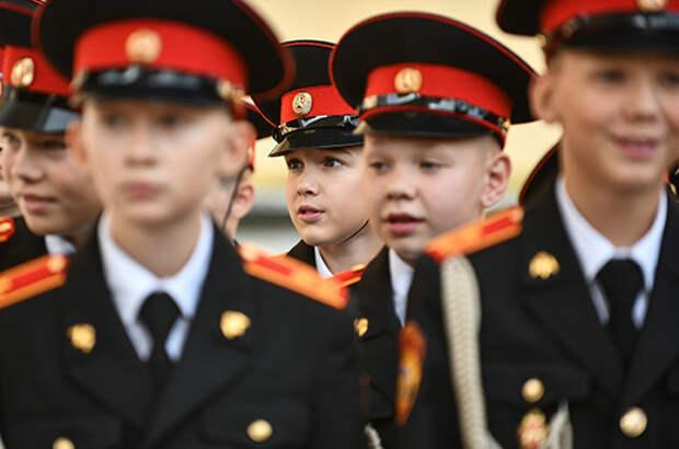 Суворовцы и кадеты будут получать стипендии