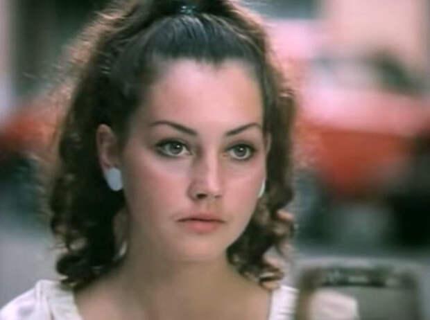 Как сложилась судьба актрисы из фильма «Полеты во сне и наяву». Елена Костина