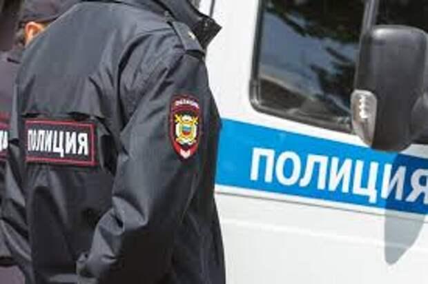 Неизвестный открыл стрельбу по посетителям кафе в Москве