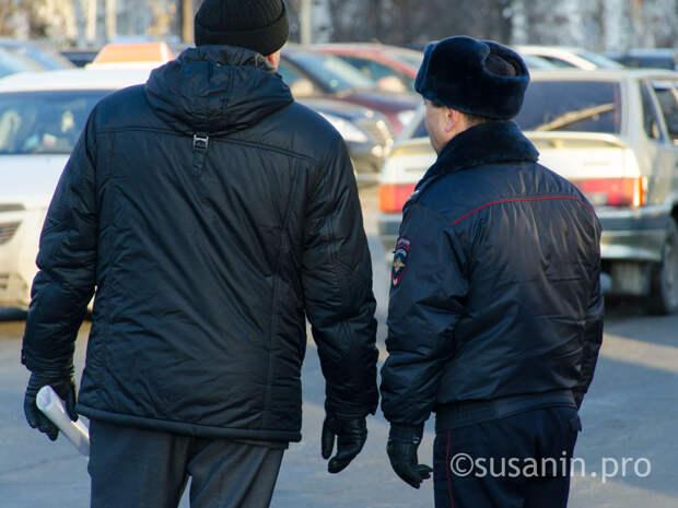 В Ижевске сотрудники ДПС остановили таксиста за нарушение правил, а он оказался в розыске