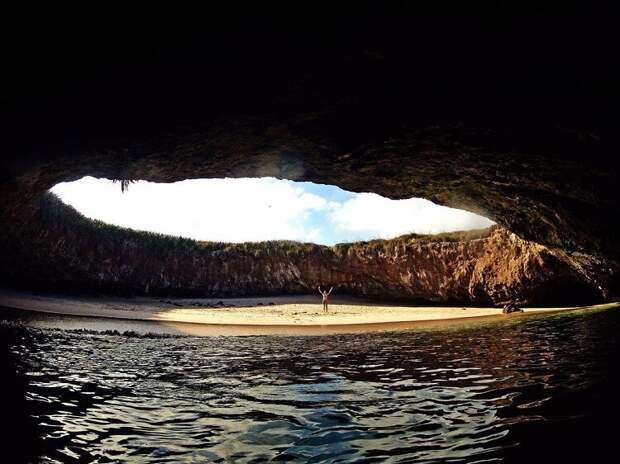 Удивительные места со всего света, которые пока не облюбовали туристы!