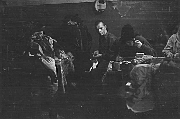 Загадки на фотографиях сделанных группой Игоря Дятлова в 1959 году