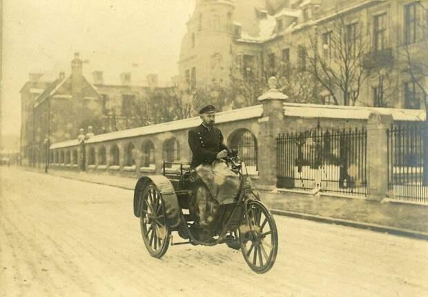 Почтальон на электрическом трицикле. Германия,1901 история, ретро, фото