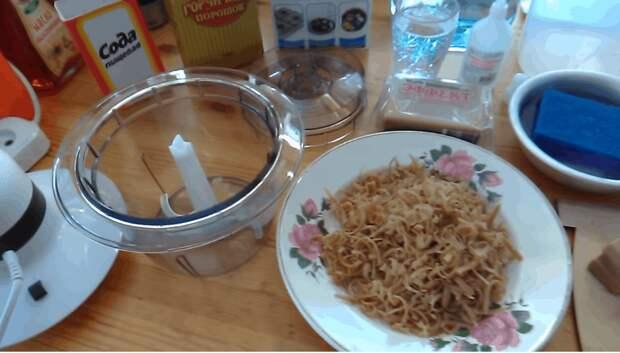 Рецепт супер мощного средства для кухни от знающей бабушки