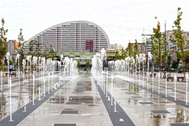Программа «Мой район» активно приводит в порядок городские водоемы