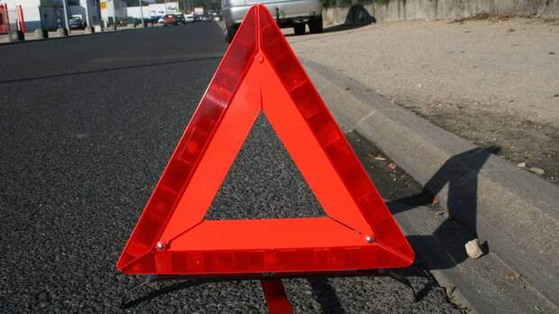 Иномарка сбила пешехода на Симферопольском бульваре в Москве