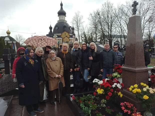 В Киеве почтили память убитого Олеся Бузины