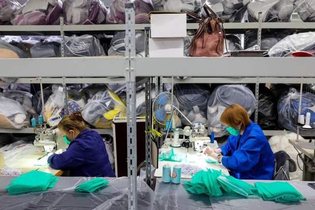 День победы над коронавирусом откладывается из-за спекулянтов медицинскими масками