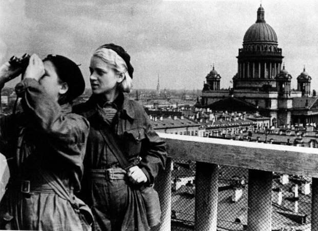 «Пирожные Жданова – это бред». Правда и мифы о блокаде Ленинграда