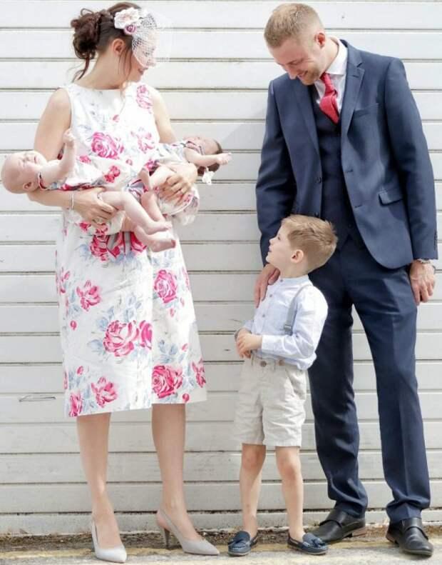 «Малышки на миллион»: у британской пары родились уникальные девочки-близнецы