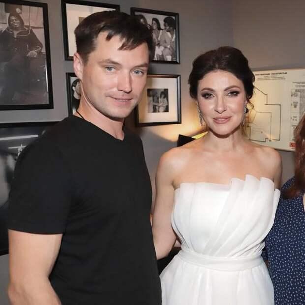 Встреча Анастасии Макеевой и бывшей жены ее мужа закончилась дракой