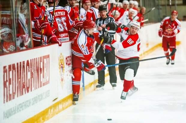 Хоккейный клуб «Ижсталь» уступил альметьевскому «Нефтянику»