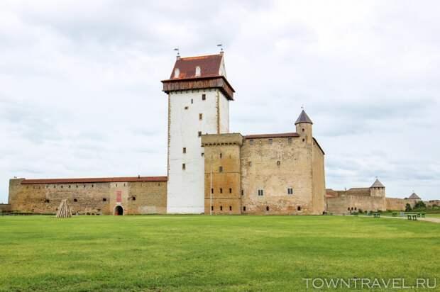 16 Большой западный двор Нарвского замка