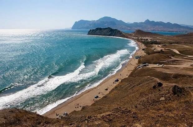 Названы лучшие пляжи России. В списке есть и крымские
