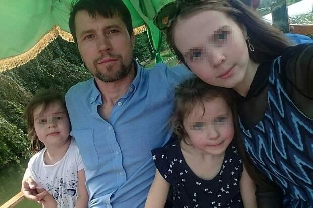 В ближайшее время Денис с дочками планирует отправиться в родной Хабаровск Фото: Личный архив