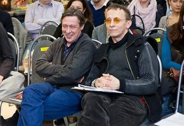 Охлобыстин прокомментировал ДТП с его лучшим другом и крестным первого ребенка Ефремовым