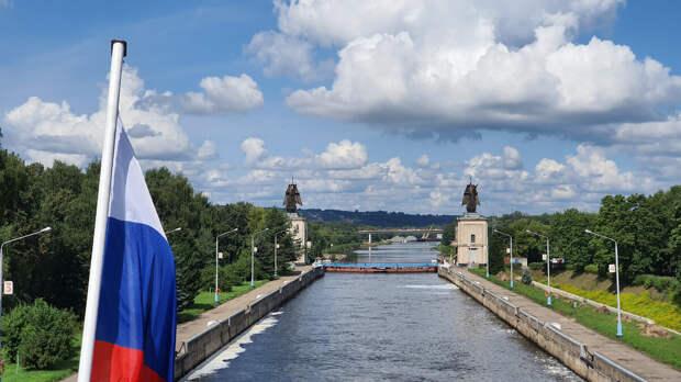 Канал имени Москвы. Третий шлюз