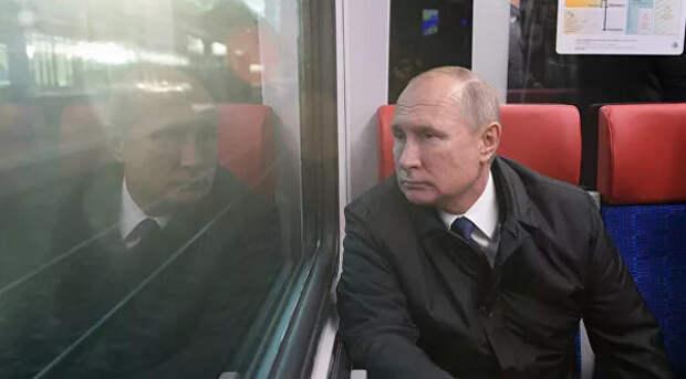 5 жизненных мемов про Путина, который приуныл в поезде