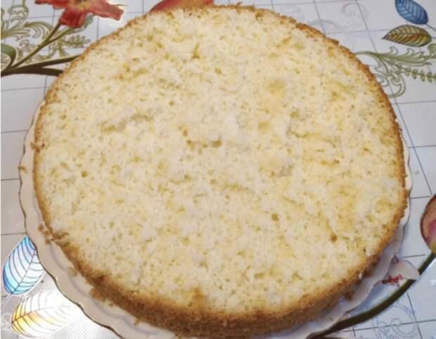 Проще рецепта пышного бисквита я не встречала! Всего из 3 ингредиентов: без соды, кефира и без разделения яиц