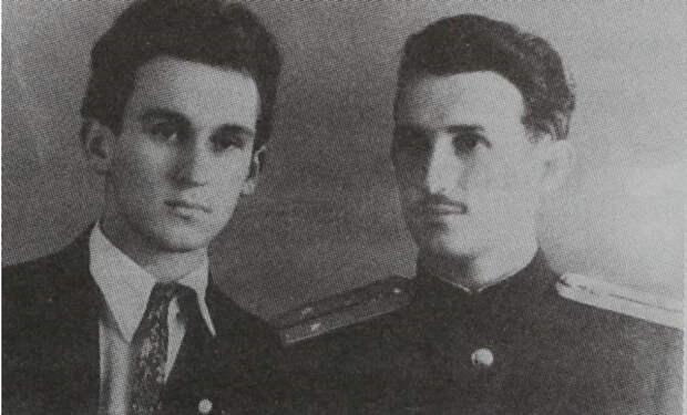 Зиновий Пешков, брат Свердлова