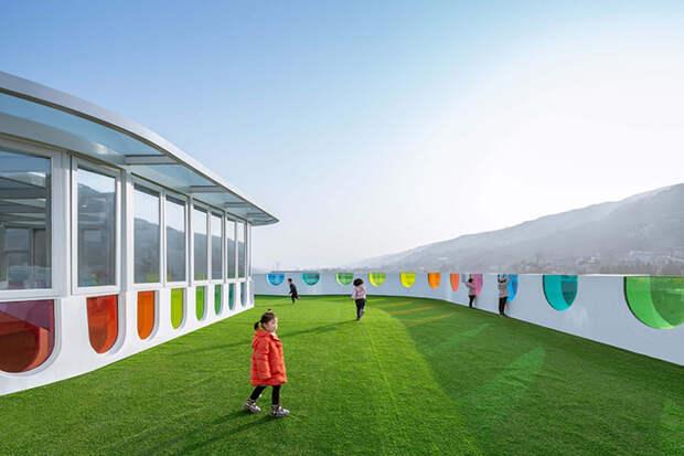 9 сказочных фото радужного детского сада в Китае