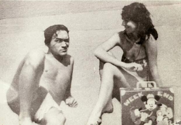 Наталья Разлогова на пляже с Виктором Цоем