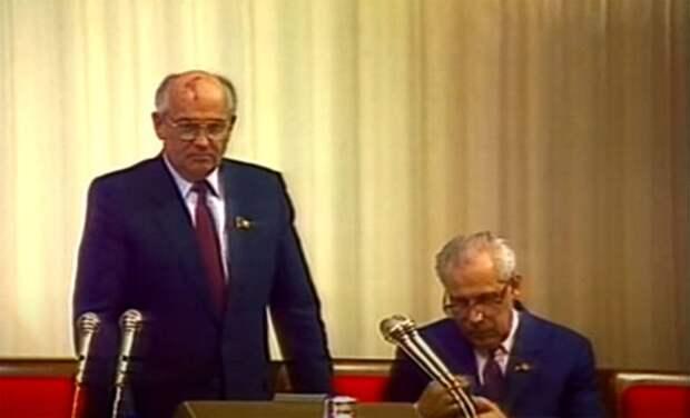 «Глубинная власть» в Советском Союзе: о предпосылках и последствиях развала СССР