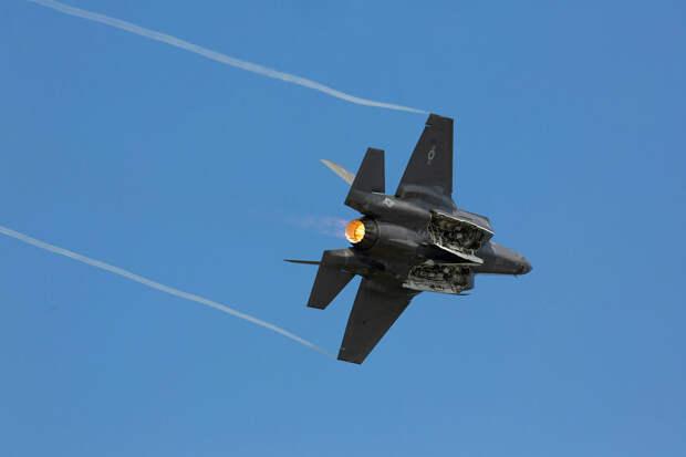 Генерал ВВС США призвал исключить истребитель F-35 из штабных игр