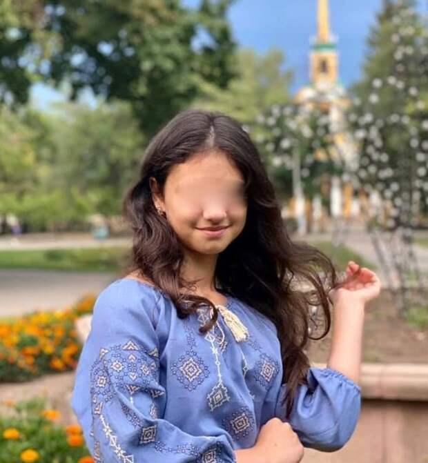 Первая украинка в Лувре