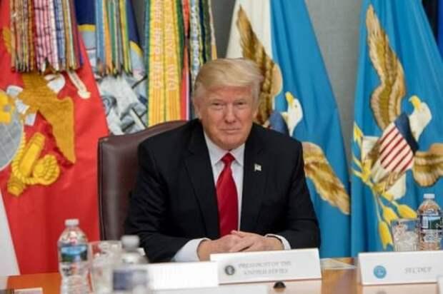 Трамп заявил о готовности «очень быстро подавить» беспорядки в день выборов