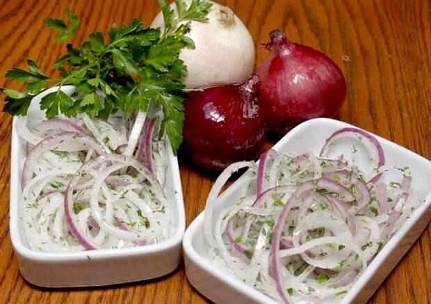ЗАКУСОЧНЫЙ ДЕНЬ. Маринованный лук: шесть лучших рецептов