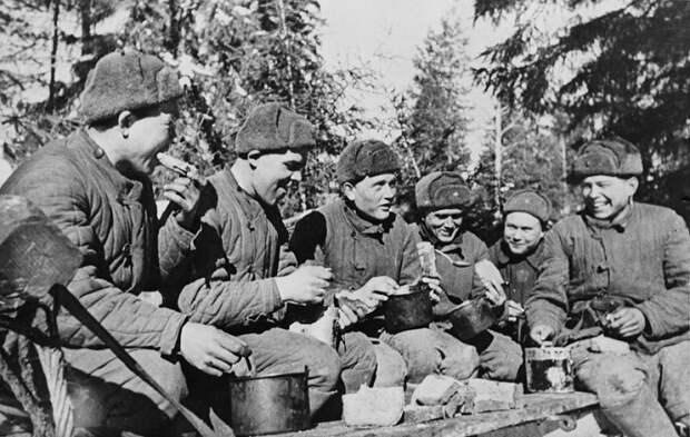 Чем кормили в боевых частях Красной Армии на Великой Отечественной