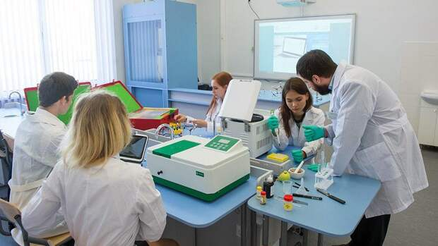 В Москве учеников медицинских классов стало вдвое больше с 2015 года. Фото: mos.ru