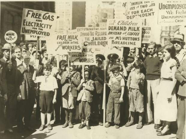 1931. Коммунистический митинг протеста на Юнион-сквер возле мэрии, Сан-Франциско