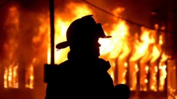 В Крыму горел многоэтажный дом