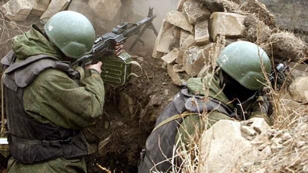 """Отряд антитеррора ВС России отразил нападение """"террористов"""" в ходе учений в Таджикистане"""