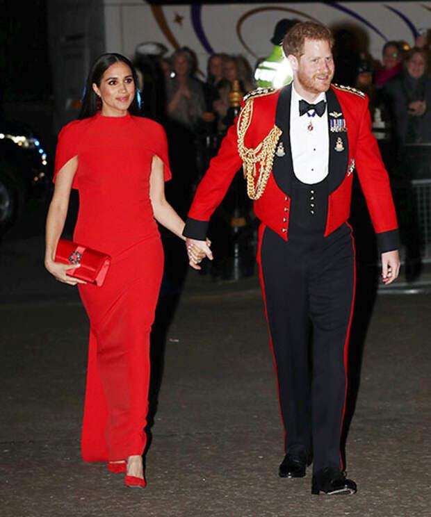 """Князь Альбер II выступил с критикой интервью принца Гарри и Меган Маркл: """"Это должно было остаться внутри семьи"""""""