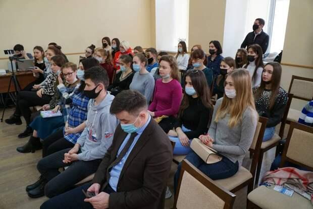 Бутина назвала способы, как можно бороться за освобождение незаконно задержанных крымчан на Украине