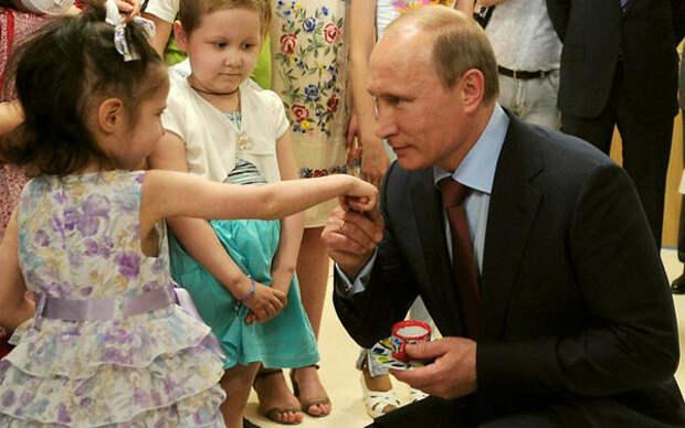"""Иностранцы: «и после этого я должен верить в то, что Путин """"пожирает младенцев""""!?»"""