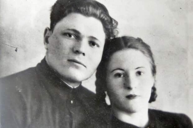 Гинзбурги считались образцовой семьей