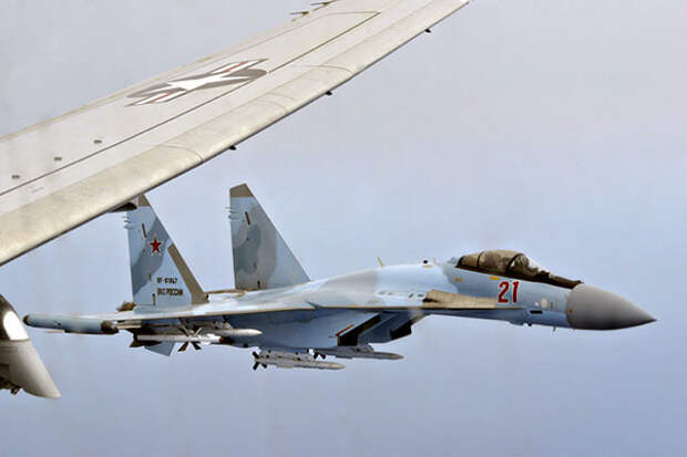 ВКС РФ перехватили разведчиков НАТО над Черным и Баренцевым морями