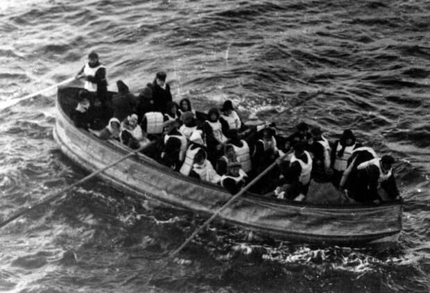 Истории выживших пассажиров Титаника.