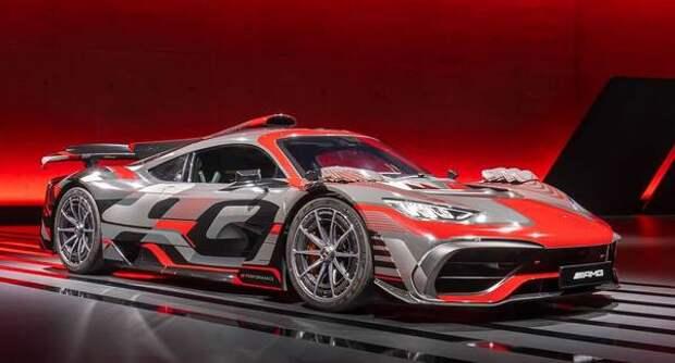 В гибридном Mercedes-AMG аккумулятор будет заряжаться во время дрифта
