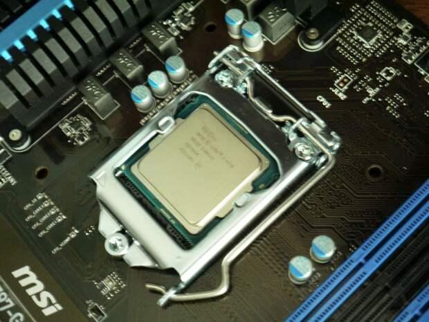 Core i5-11600K проиграл в тестах на производительность Ryzen 5 5600X