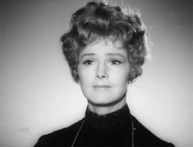 Актриса в телеспектакле *Насмешливое мое счастье*, 1975 | Фото: kino-teatr.ru