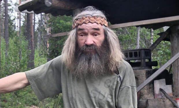Отшельник на реке: живет один уже 30 лет