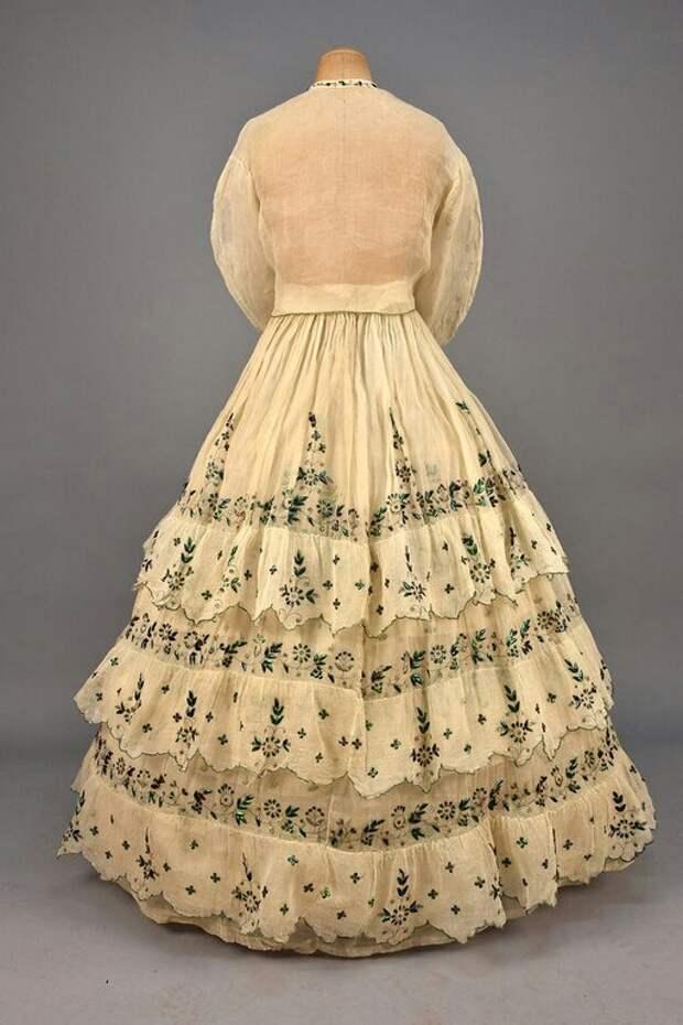 BUG платье