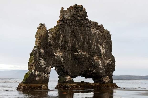 ЭКСКУРСИОН. Скала Хвитсеркюр в Исландии