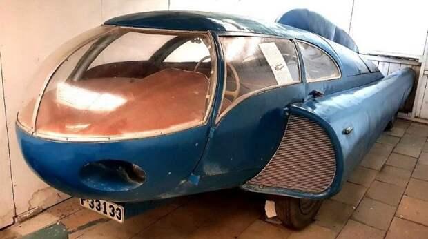 Автомобиль Берггрена, сохранившийся в авиационном музее шведского городка Уггларп авто, автодизайн, автомобили, дизайн, интересные автомобили, минивэн, ретро авто
